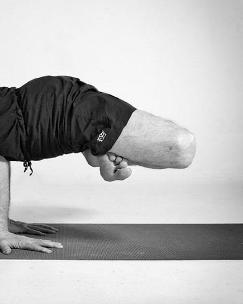 christos pavlou - iyengar yoga instructor