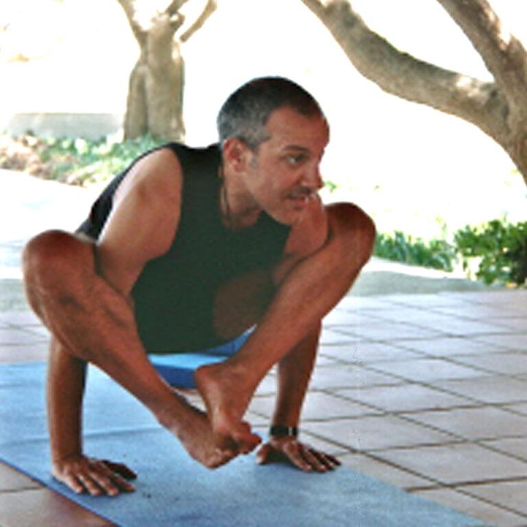 Marios Argiros iyengar yoga